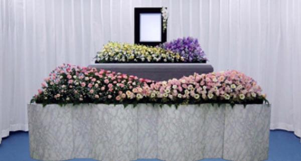 はくぜんホール長津田の評判・口コミ|葬儀社検索・予約サイト「葬儀の口コミ」クチコミアンケートを見るお客様の声はくぜんホール長津田の料金横浜市緑区に隣接した地域のクチコミ